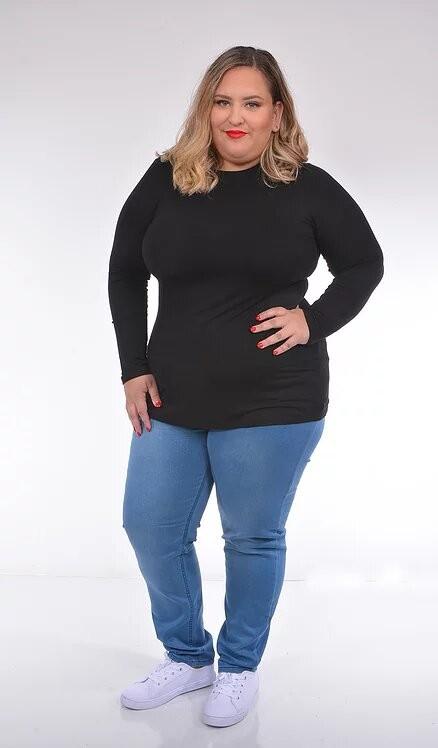 חולצה צמודה מחטבת גופייה מידות גדולות סלטה