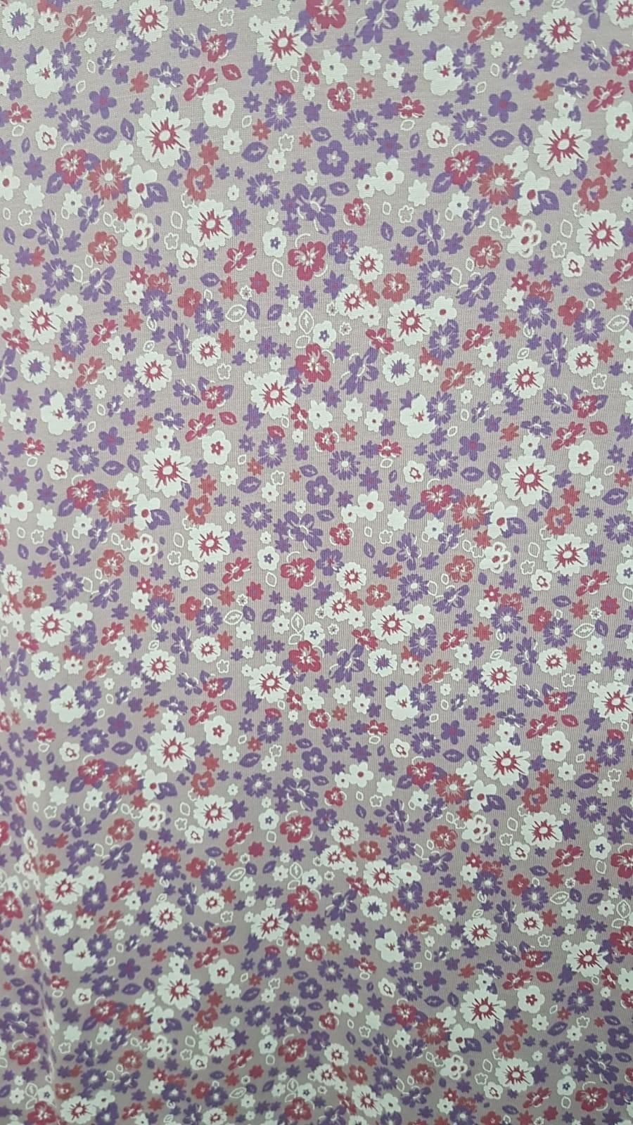 פרחים סגולים רקע סגול